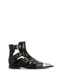 Botines de cuero con adornos negros de Alexander McQueen