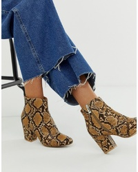 Botines de cuero con print de serpiente marrónes de New Look