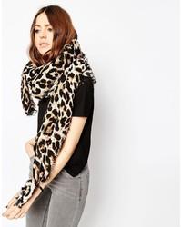 Bufanda de leopardo marrón claro de Asos