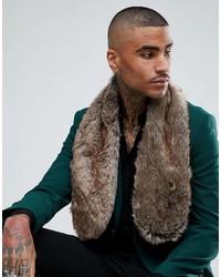Bufanda de pelo marrón de Asos