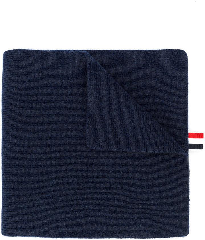 Bufanda de rayas horizontales azul marino de Thom Browne