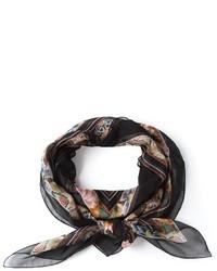 Bufanda de seda con print de flores negra de Alexander McQueen