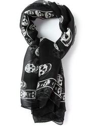 Bufanda de seda estampada en negro y blanco de Alexander McQueen