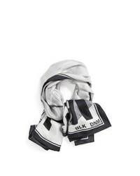 Bufanda de seda estampada gris