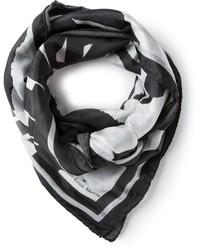 Bufanda estampada en negro y blanco de Pierre Louis Mascia