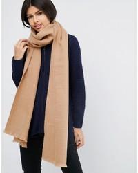 Bufanda tejida marrón claro de Asos
