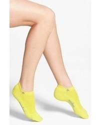 Calcetines amarillos