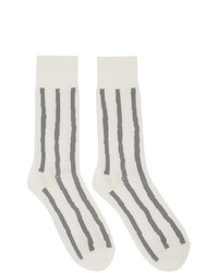 Calcetines de rayas horizontales blancos de Issey Miyake Men