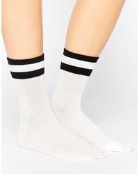 Calcetines de rayas horizontales blancos de Monki