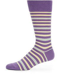 Calcetines de rayas horizontales en violeta