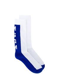 Calcetines en blanco y azul
