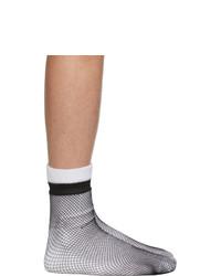 Calcetines en negro y blanco de Random Identities