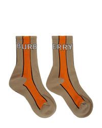 Calcetines estampados marrón claro de Burberry