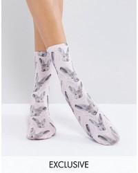 Calcetines estampados violeta claro de Monki
