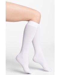 Calcetines hasta la rodilla blancos