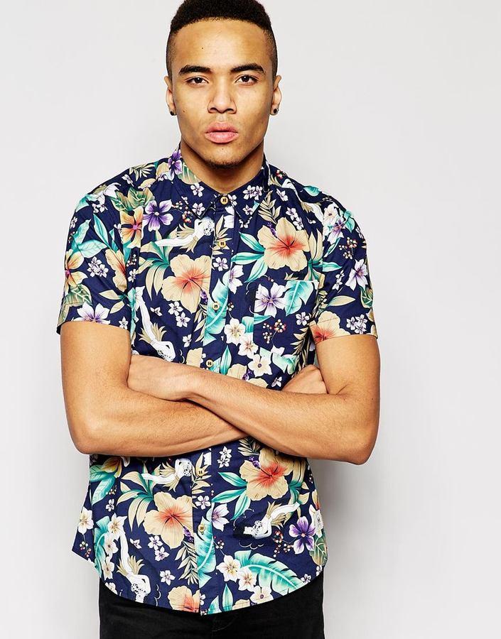 Camisa de manga corta con print de flores azul marino de Bellfield