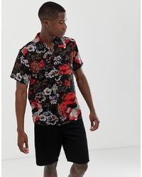 Camisa de manga corta con print de flores negra de Brave Soul