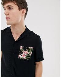 Camisa de manga corta con print de flores negra de Burton Menswear