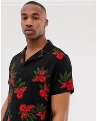 Camisa de manga corta con print de flores negra de New Look