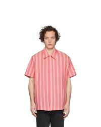 Camisa de manga corta de rayas verticales rosada de Goodfight