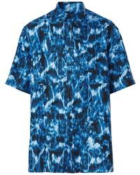 Camisa de manga corta de seda estampada azul marino de Burberry