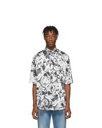 Camisa de manga corta estampada en blanco y negro de Balenciaga