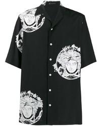 Camisa de manga corta estampada en negro y blanco de Versace