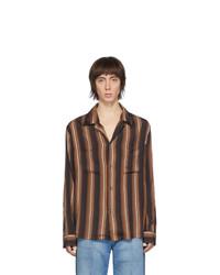 Camisa de manga larga de rayas verticales marrón