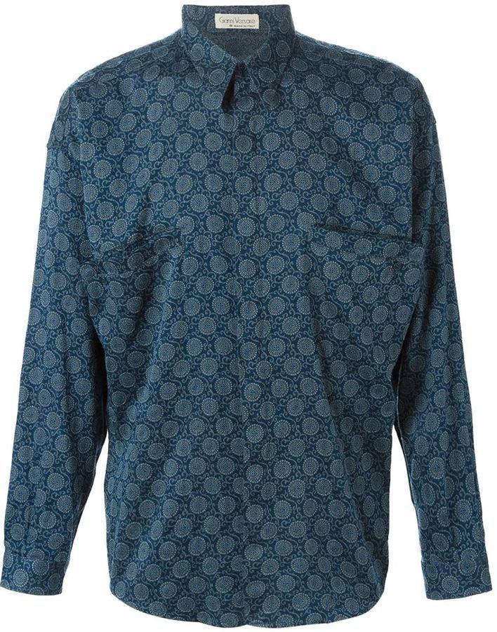 ... Camisa de seda azul de Gianni Versace d3ae1f45037