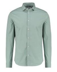 Camisa de vestir a lunares en verde menta de Pier One