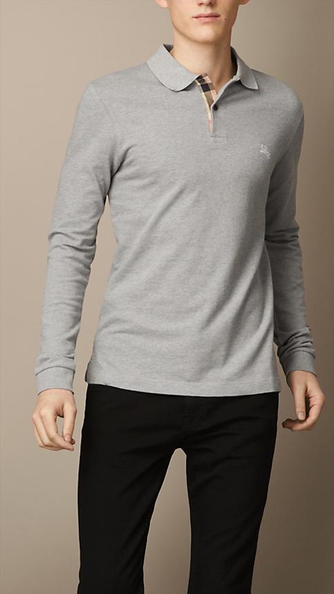 14dbe71440d5 Camisa polo gris de Burberry  dónde comprar y cómo combinar
