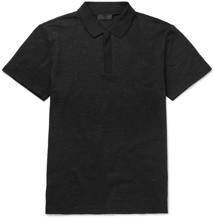 db43f1e9022 ... Camisa polo negra de Calvin Klein Collection ...