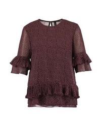 Camiseta con cuello circular a lunares en marrón oscuro de YAS Tall
