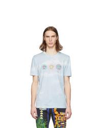 Camiseta con cuello circular estampada celeste de Versace