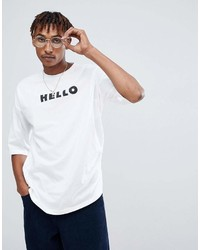 Camiseta con cuello circular estampada en blanco y negro de Asos