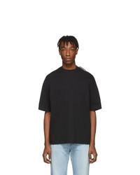 Camiseta con cuello circular negra de Balenciaga