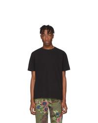 Camiseta con cuello circular negra de Noah NYC