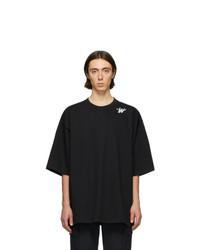 Camiseta con cuello circular negra de We11done