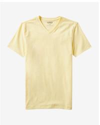 Camiseta con cuello en v amarilla