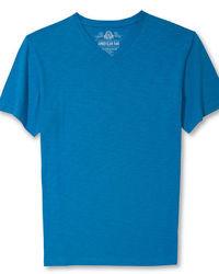 Camiseta con cuello en v azul