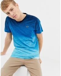 Camiseta con cuello en v azul de Hollister