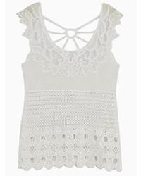 Camiseta sin Manga de Crochet Blanca