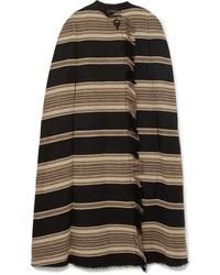 Capa de rayas horizontales negra de Isabel Marant