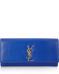 Cartera sobre azul de Saint Laurent