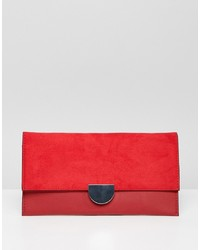 Cartera sobre de ante roja de New Look