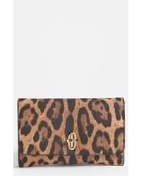 Cartera sobre de cuero de leopardo marrón