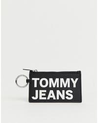 Cartera sobre de cuero estampada en negro y blanco de Tommy Jeans