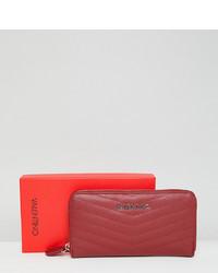 Cartera sobre de cuero roja de Valentino by Mario Valentino