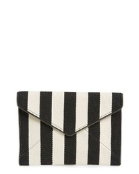 Cartera sobre de rayas verticales en negro y blanco