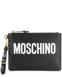 Cartera sobre estampada negra de Moschino